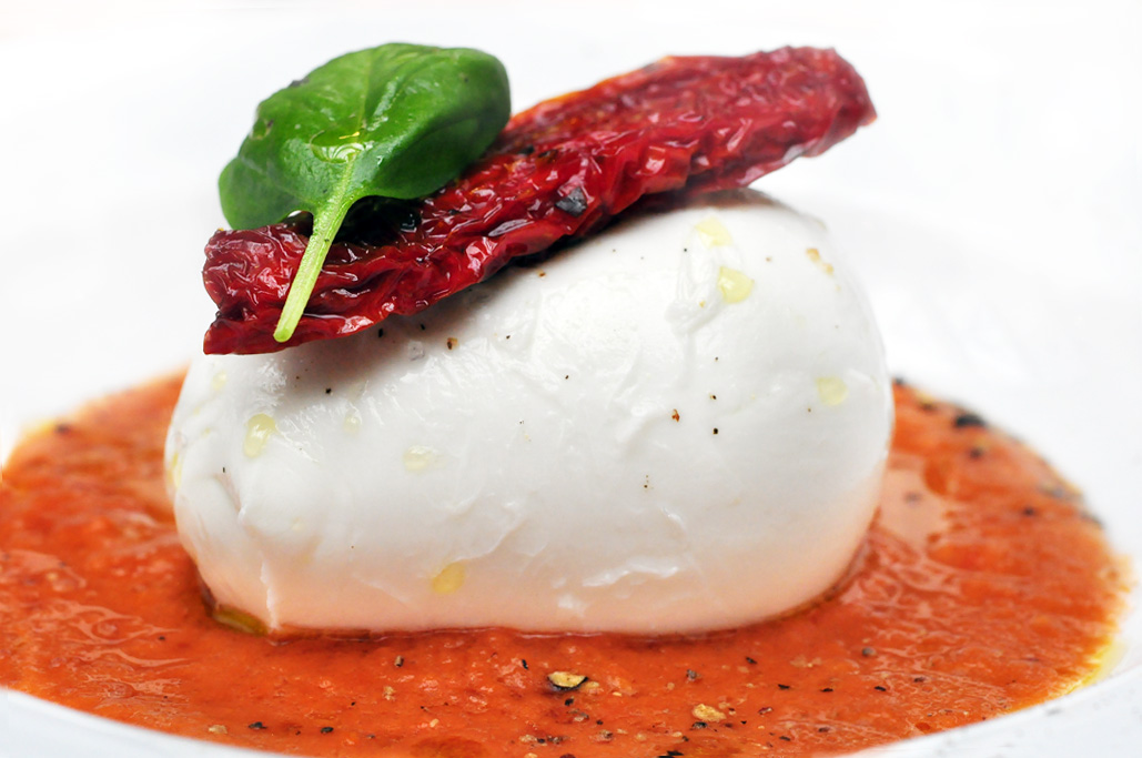 Buffalo Mozzarella in Tomaten Dip
